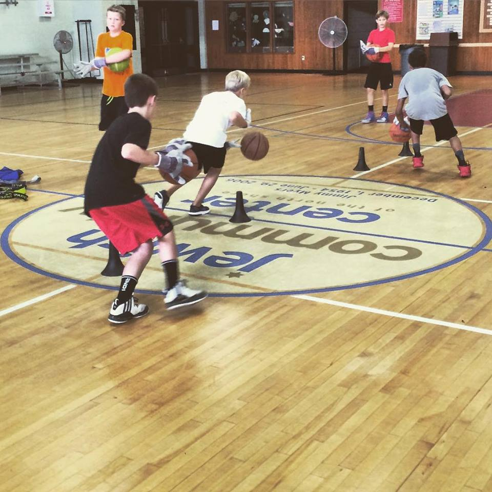 fall-kids-basketball-classes-ma
